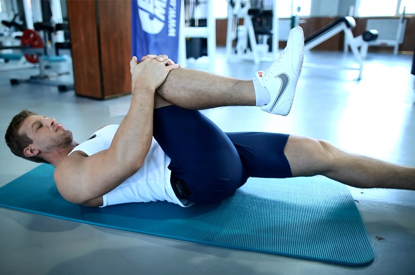 Exercise One Knee To Chest