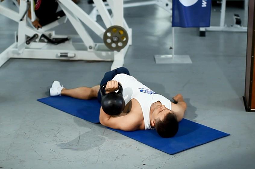 Exercise Leg-Over Floor Press
