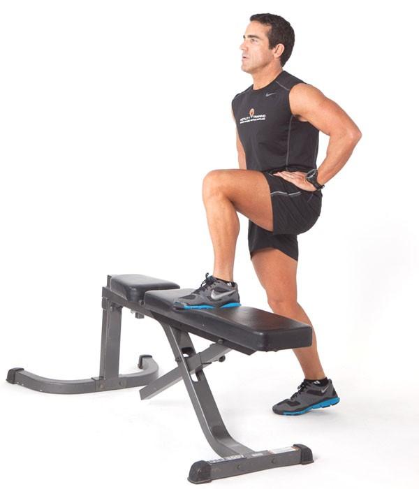 Exercise Заход на скамью без веса