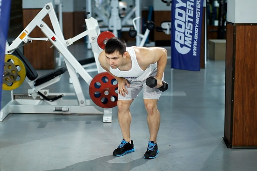 Exercise Standing Bent-Over One-Arm Dumbbell Triceps Extension